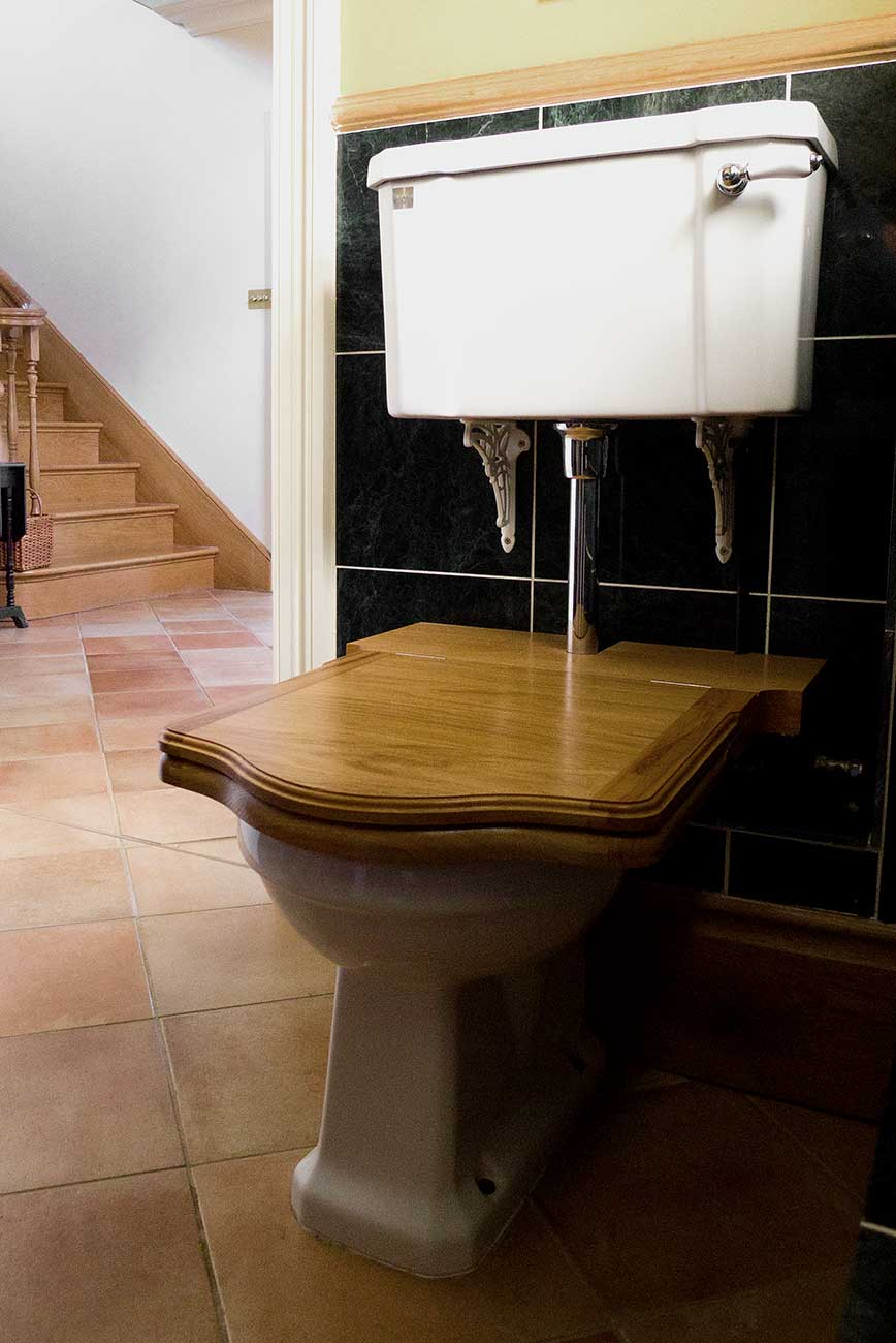 Classic Thunderbox Luxury Hand Made Wooden Lavatory Seat